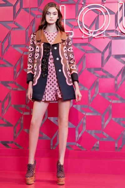 演绎性感时尚新混主意 路易威登2013年度假系列