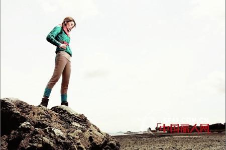 一城画一品牌女装 玩转色彩碰撞Style