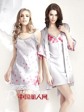 熳洁儿内衣参加2011年度畅销服装品牌关注榜主题活动了