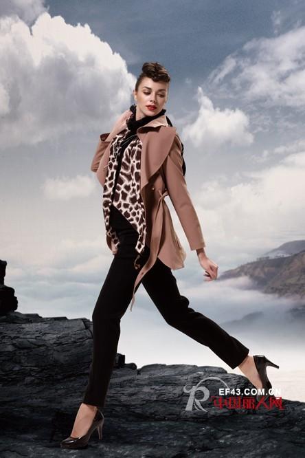 优雅流露 编织女人的梦想——雷鸟时尚女装品牌