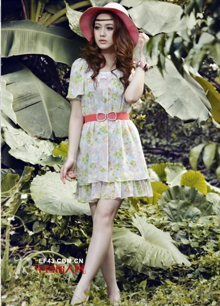 阿珍妮韩版女装打造女装加盟黄金时代