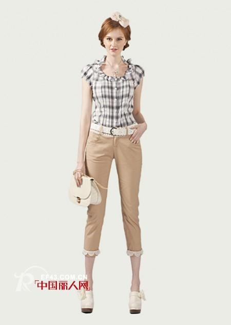 年轻时尚——百变女生  非常物语时尚女装诚招加盟商