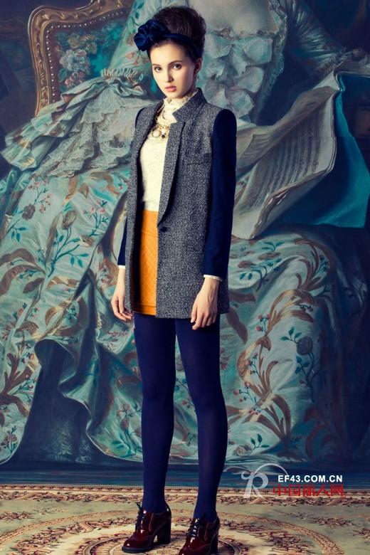 冬季中长款款毛呢大衣搭配什么好看