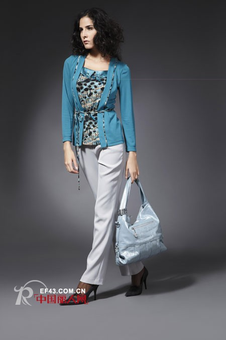 贝曼菲高档商务休闲时尚女装 演绎低调的奢华