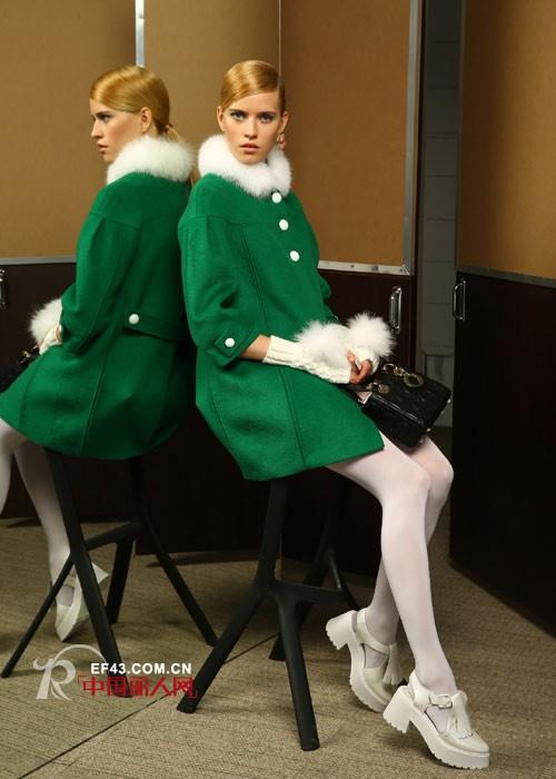 阿珍妮为时尚加分,给职场添彩