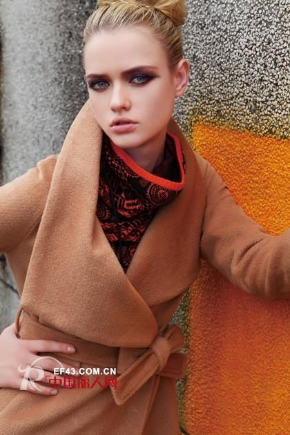 她之曲冬季大衣风潮来袭 温暖大气尽显高贵品质