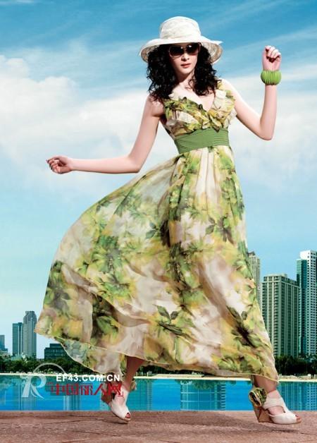 春末出游 气温升高 选择什么样的衣服更上镜