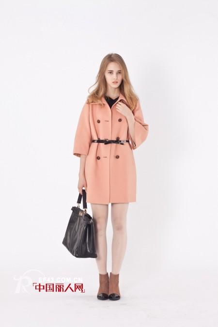 ONEMORE女装2012冬款穿出至IN潮流廓形