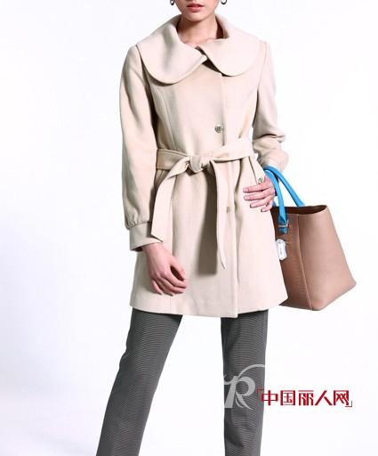 白领(White Collar)品牌女装  打造淑女气质的完美造型