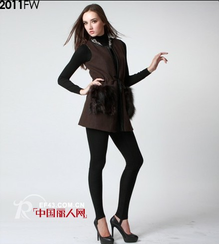 URK品牌女装 纯正韩风时尚专为优雅女性设计