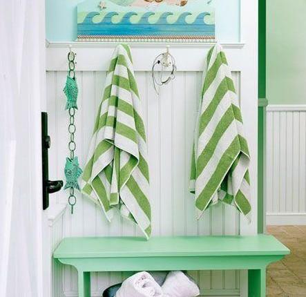 Blue-green theme home like aquarium