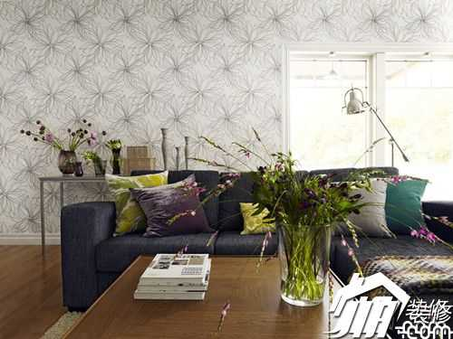 Wallpaper decoration subverts traditional impressions