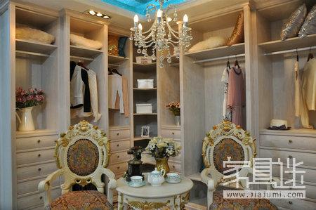 Non-standard custom closet.jpg
