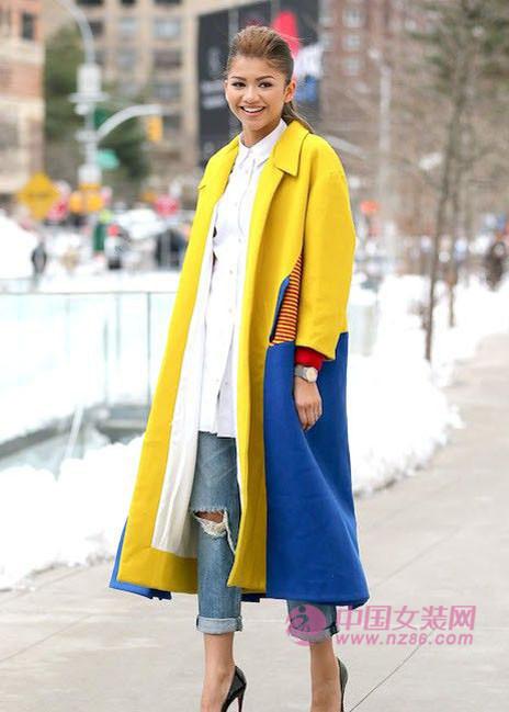 2015春夏流行色:明快黄色(图1)