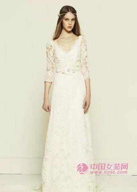 2015年婚纱流行趋势:梦幻蕾丝(图4)