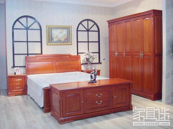 Red oak furniture 3.jpg