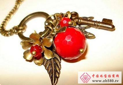 How to maintain the red coral bracelet