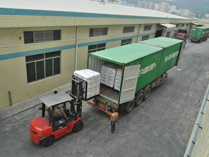 Anda Loading Goods