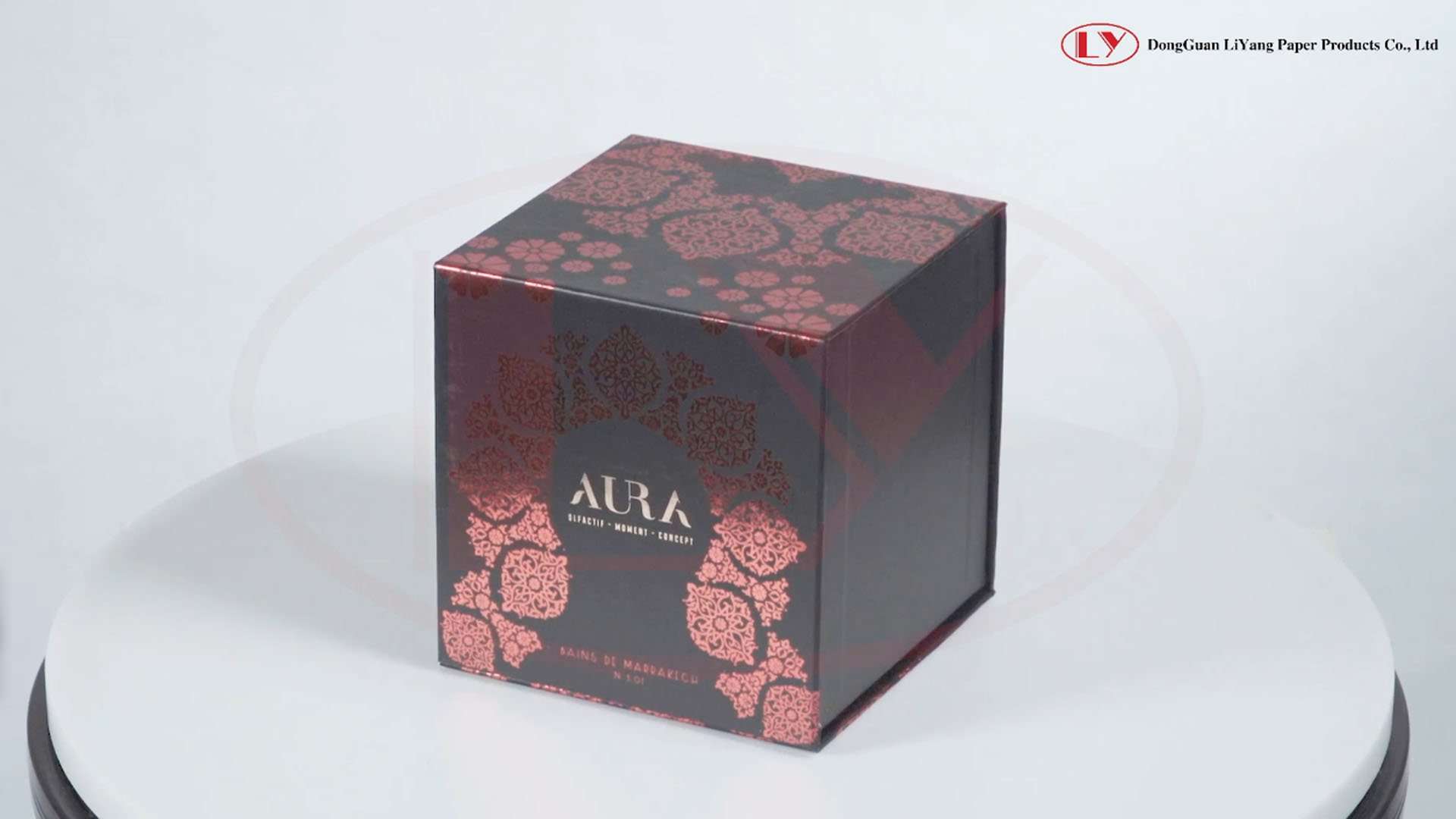 Paper Board Magnet Candle Box with Hot Foil Design