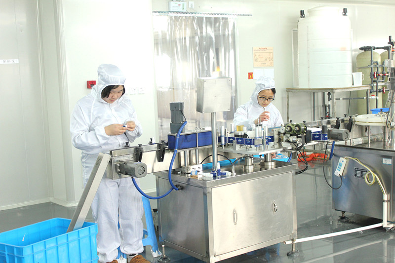 detail picture for production spray liquid cleaner 1