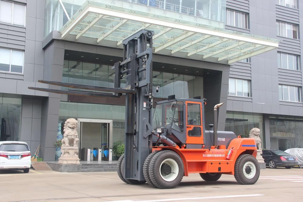 China Made Goodsense  16ton diesel forklift for China Eastern Airline