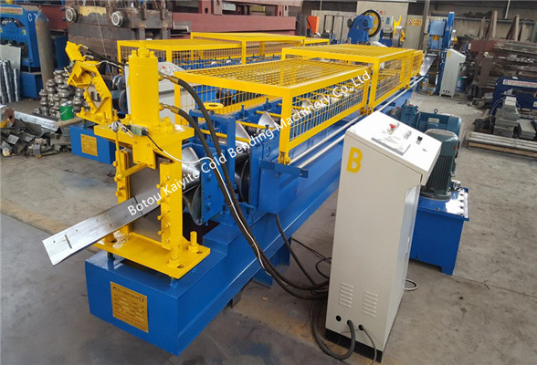 L angle cold roll forming machine with punch device