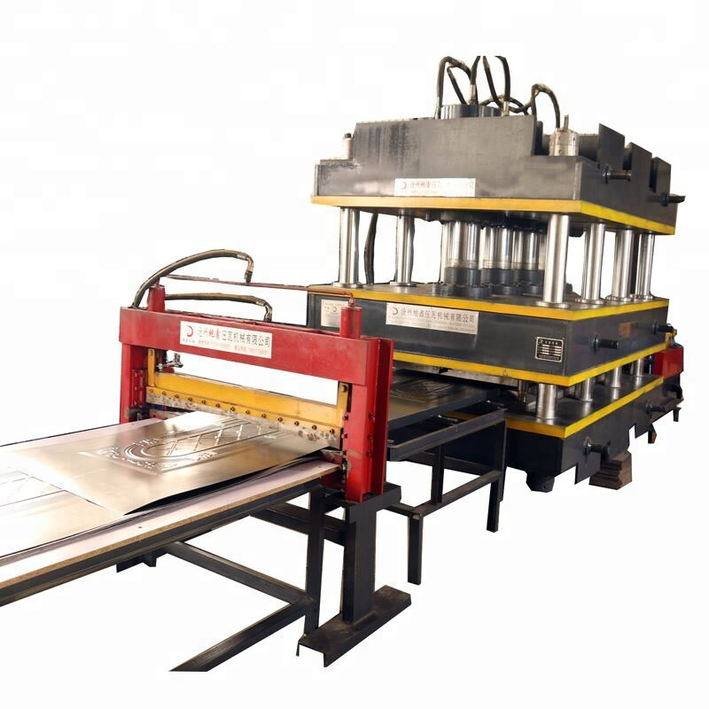 Machine for making door sheet, metal door making machine