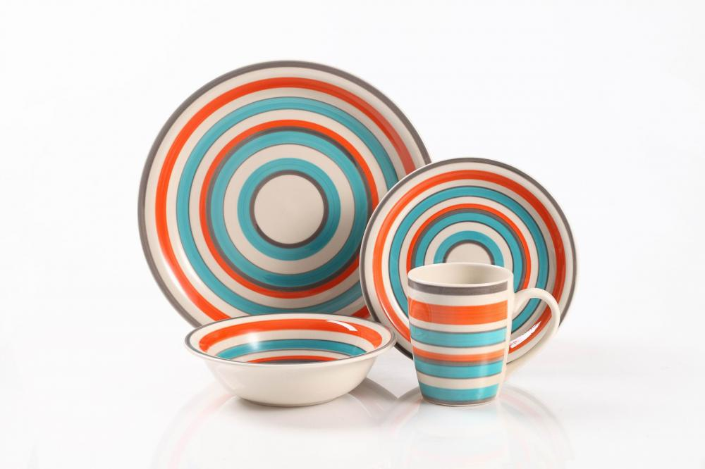 Handpainted Dinner Set 4