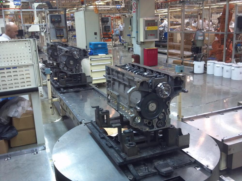 Engine assembly line