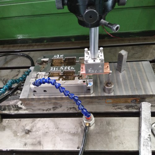 Automotive plastic injection mold manufacturer