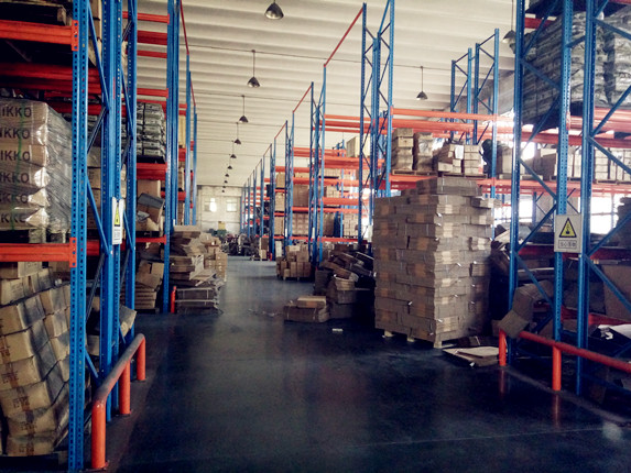 brake shoes and pads warehouse
