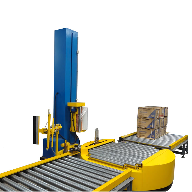 Conveyor pallet wrapping machine
