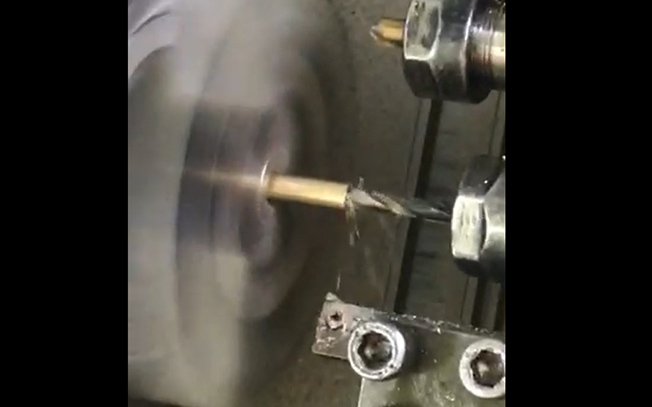 Auto CNC turning customized brass screw