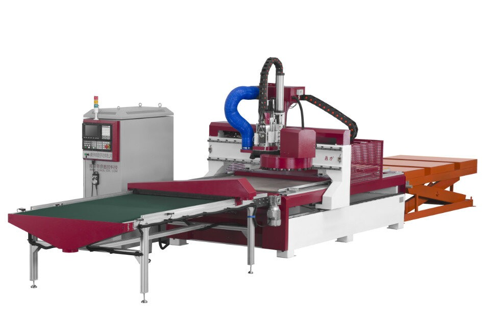 Door making cnc woodworking machine with auto loading and unloading device