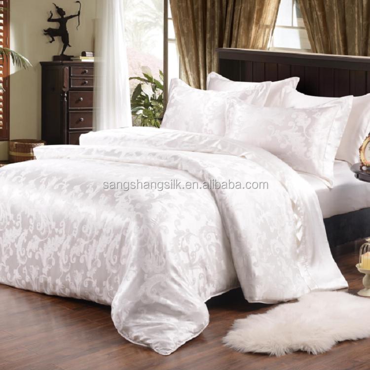Jacquard Woven Silk Bedding Set