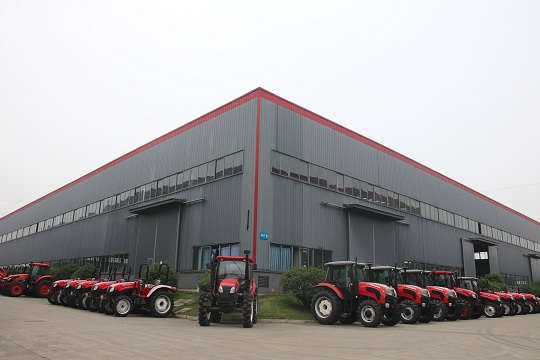 agricultural tractor and harvester factory