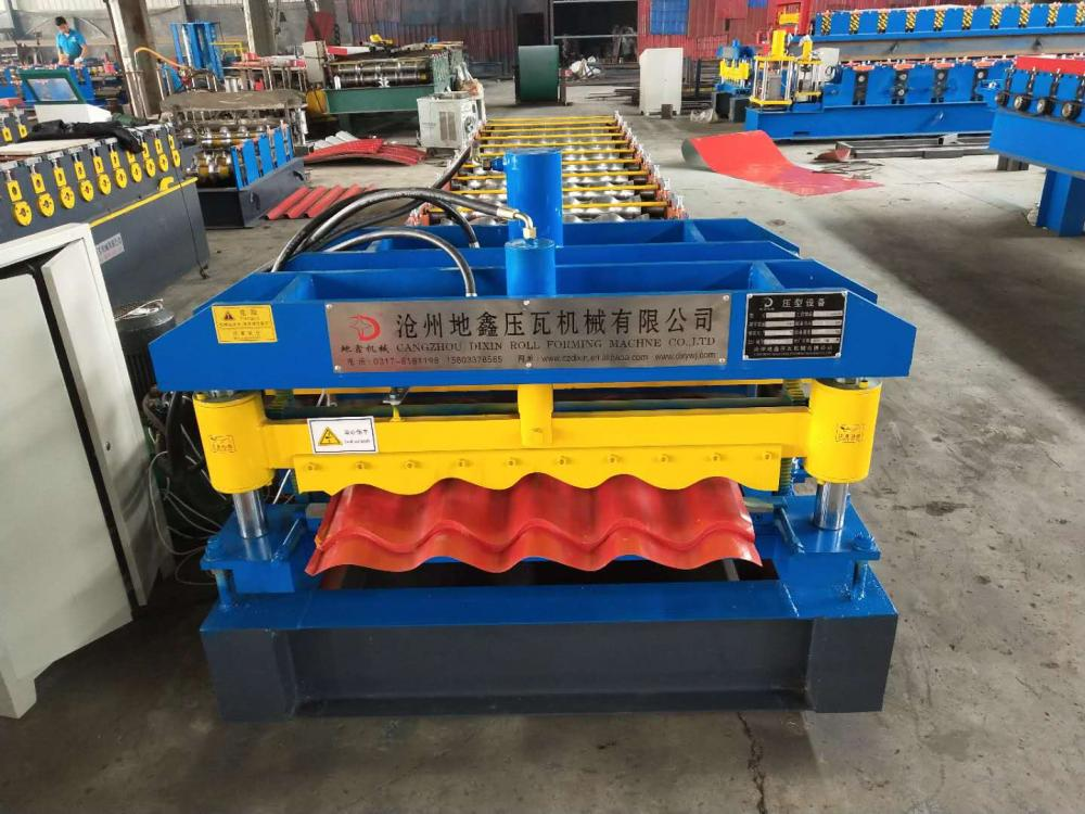 712 Roof panel roll forming machine