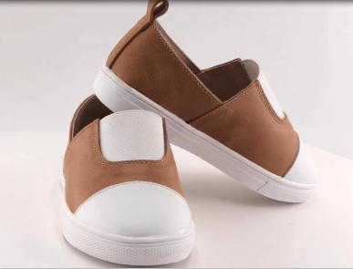 Breathable Children's casual leather shoes for kids