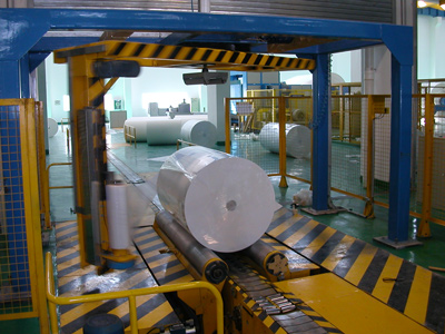Jumbo Roll Stretch Wrapping Machine