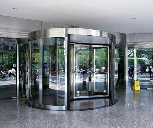 Automatic Revolving Door Testment