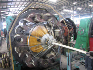 High speed wire braiding machine woking