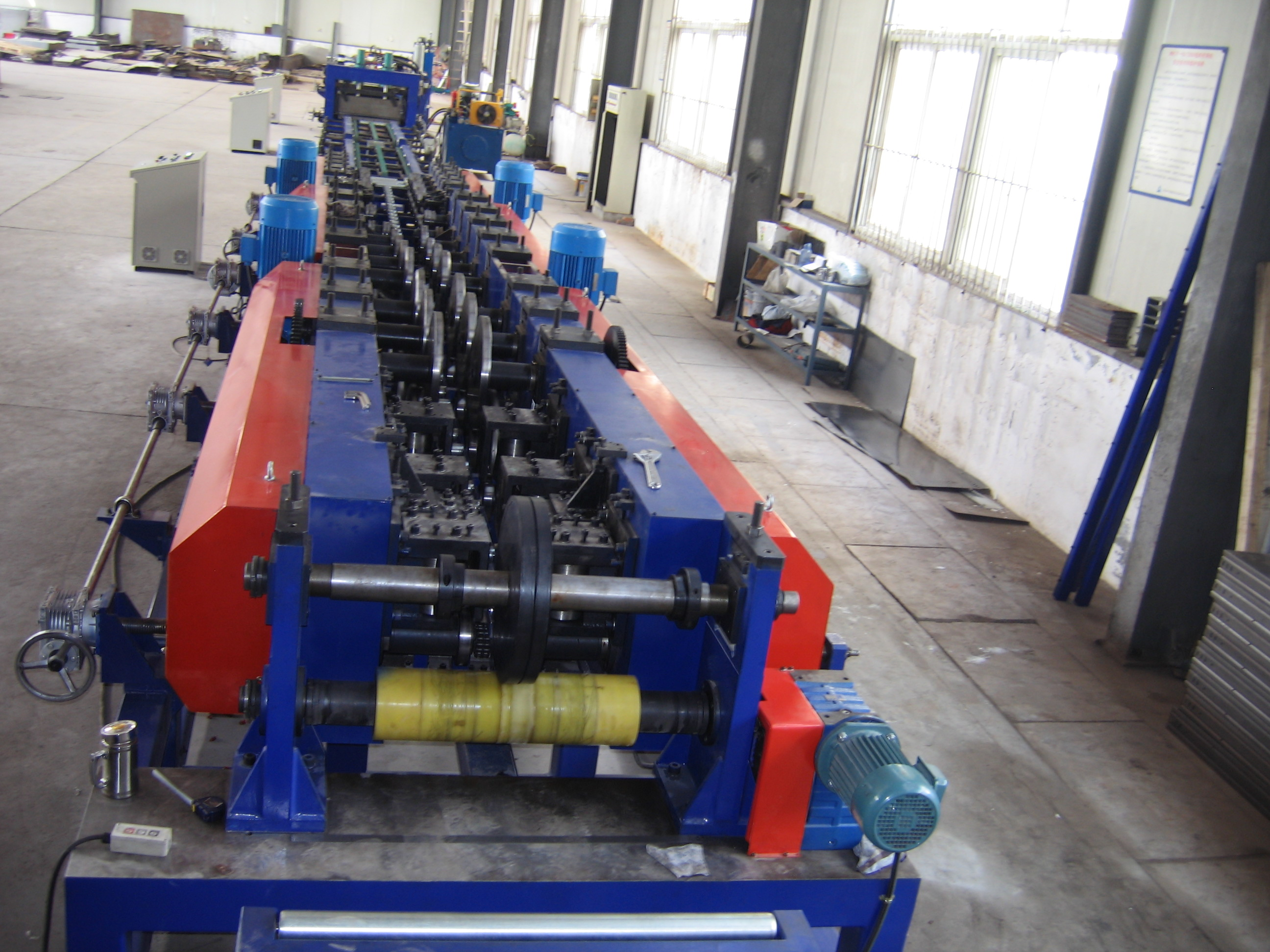HC 600  Cable Tray Roll Forming Machine
