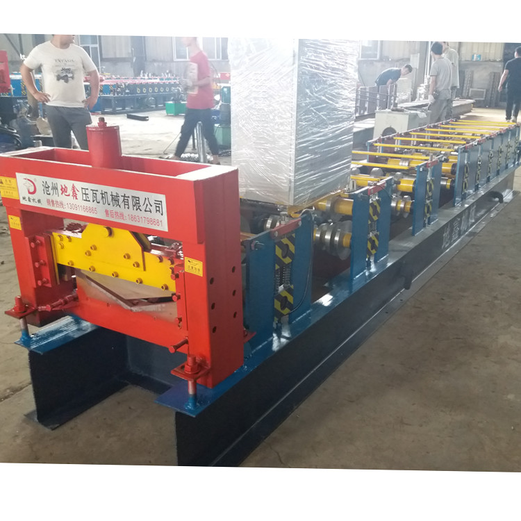 Metal roof ridge cap tile cold roll forming machine