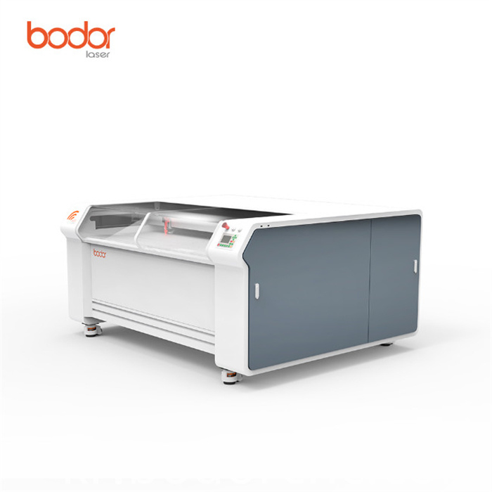 High precision laser engraving machine with double heads