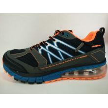 Neue gedruckte hohe helle Mann-Sport-Schuhe