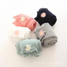 Neue Strumpfhosen der neuesten Kinder des Frühlinges 2018 drucken bunte Kinderhosen und -hosen, die reizende trägt
