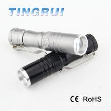 Linterna de coche de aluminio recargable zoomable de 3W mini