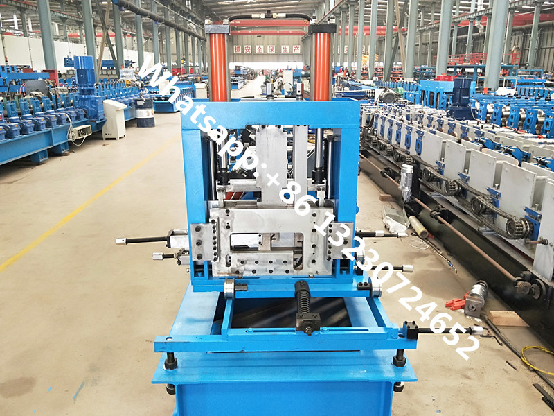 C Z channel forming machine