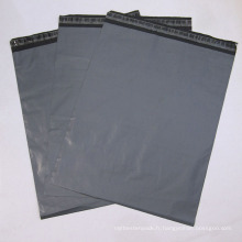 En gros sac en plastique gris / sac d'emballage de vêtement