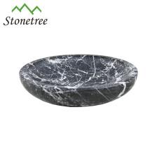 tigela de servir pequena de mármore branco